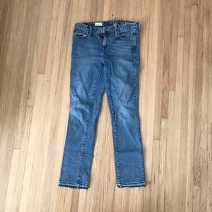 Gap NWOT straight jeans